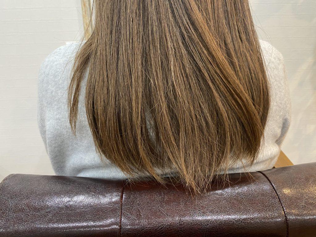 【白髪染め世代の髪のうねり】髪質改善で扱いやすくできる?実例解説
