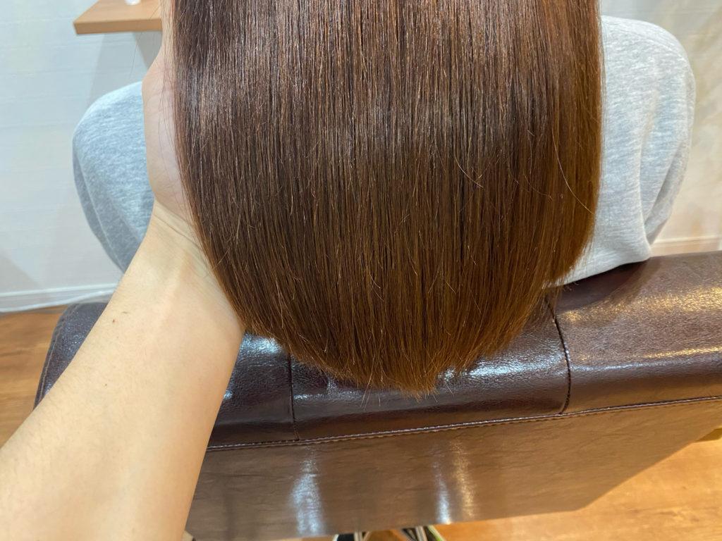 縮毛矯正をかけたら髪をコテやアイロンで巻くことはできませんか?